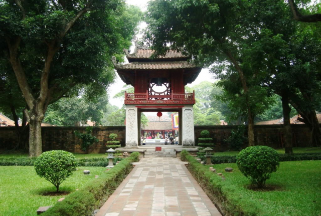 temple of literature hanoi vietnam 3 640x480 - NORTH VIETNAM DISCOVERY/ 07 DAYS