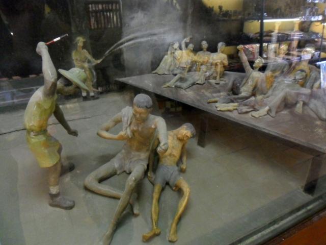 hooray models hoa lo prison hanoi hilton vietnam 640x480 - NORTH VIETNAM TOUR 07 DAYS